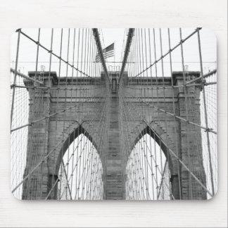ニューヨークシティのブルックリン橋 マウスパッド