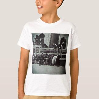 ニューヨークシティのヴィンテージからの設定の帆 Tシャツ