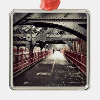 ニューヨークシティの建築-ウィリアムズバーグ橋 シルバーカラー正方形オーナメント