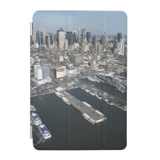 ニューヨークシティの港 iPad MINIカバー