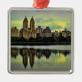 ニューヨークシティセントラル・パークのスカイライン メタルオーナメント