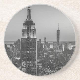 ニューヨークシティ夜の黒く及び白い空中写真 コースター