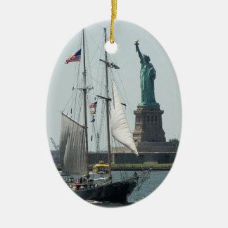 ニューヨークシティ港の写真はオーナメント独身の味方しました セラミックオーナメント