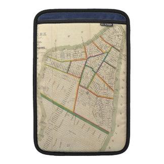 ニューヨークシティ(1831年)のヴィンテージの地図 MacBook スリーブ