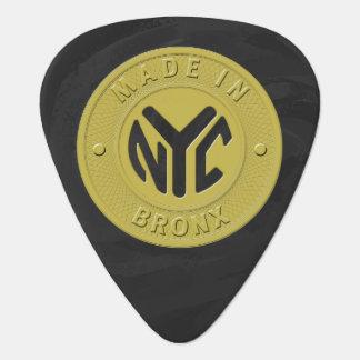 ニューヨークブロンクスで作られる ギターピック