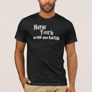 ニューヨーク生まれおよび上げられる Tシャツ