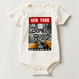 ニューヨーク生まれ及び上げられる ベビーボディスーツ