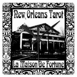 ニュー・オーリンズのタロット、La Maison De Fortune スクエア壁時計