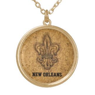 ニュー・オーリンズのフランス人の(紋章の)フラ・ダ・リ ゴールドプレートネックレス