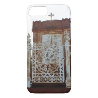 ニュー・オーリンズの墓地-錆つかせたマウソレウム iPhone 8/7ケース