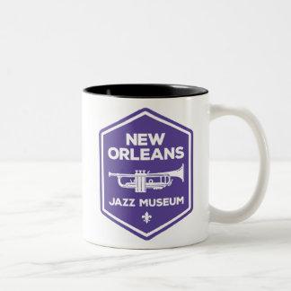 ニュー・オーリンズジャズ博物館のトランペットのマグ ツートーンマグカップ