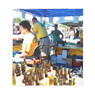 ニンニクのフェスティバルはニンニクの酢およびオリーブのoiを提供します ノートパッド