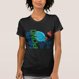 ニールの池の水上スキー Tシャツ