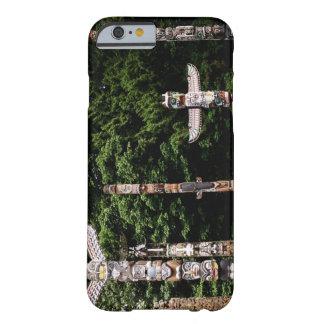 ネイティブアメリカンのトーテムポール、イギリスバンクーバー BARELY THERE iPhone 6 ケース
