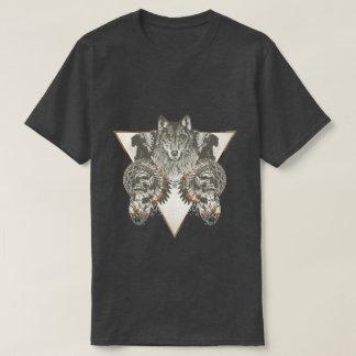 ネイティブアメリカン、スカルのTシャツを持つオオカミ Tシャツ