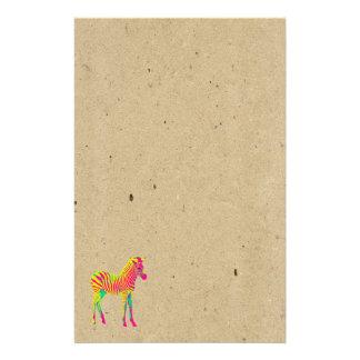 ネオンシマウマのベビーの動物のサイケデリックでファンキーなレトロ 便箋