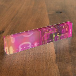 ネオンテクノのレトロのピンクか紫色の机のプレートかnameplat デスクネームプレート