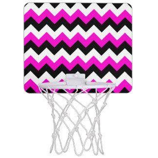 ネオンピンクの白くおよび黒いジグザグ形 ミニバスケットボールゴール