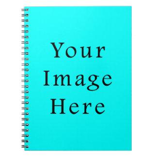 ネオン水の青く明るいターコイズ色の傾向のブランク ノートブック
