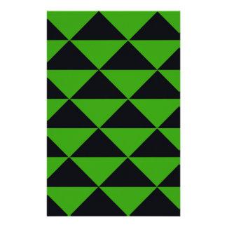 ネオン緑および黒い三角形 便箋