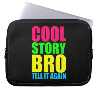 ネオンCool story Bro ラップトップスリーブ