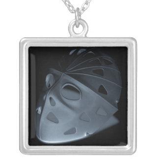 ネックレスのおもしろいのキャンプのハロウィンのホッケーのマスクの影 シルバープレートネックレス