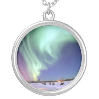 ネックレスのオーロラのborealisアラスカ シルバープレートネックレス