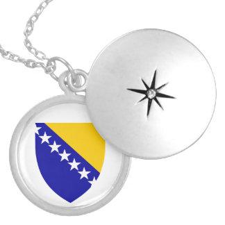 ネックレスボスニア・ヘルツェゴビナの紋章付き外衣 シルバープレートネックレス