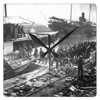 ネブラスカVolunteers_Warのイメージの乗船 スクエア壁時計