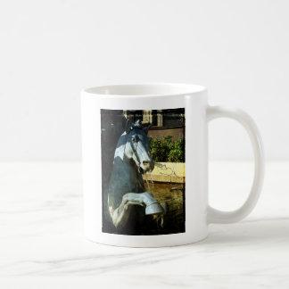 ネプチューンの馬、広場の噴水の詳細2 コーヒーマグカップ
