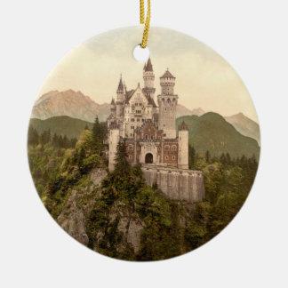 ノイシュヴァンシュタイン城の城、ババリア、ドイツ 陶器製丸型オーナメント
