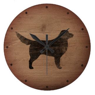 ノバスコシアのアヒルの鳴るレトリーバーのシルエット ラージ壁時計