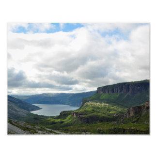 ノルウェーの強大な山およびフィヨルドポスター フォトプリント