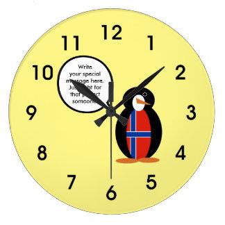 ノルウェーの話すペンギンの旗- Norskのペンギン ラージ壁時計