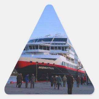 ノルウェーの遊航船 三角形シール