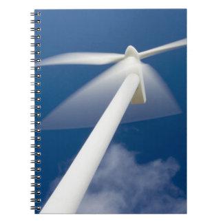ノルウェーのSognのog Fjordane。 KrÃ¥kenes.の風車 ノートブック