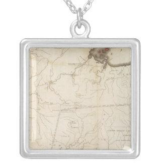 ノースウェスト準州の部分の地図 シルバープレートネックレス
