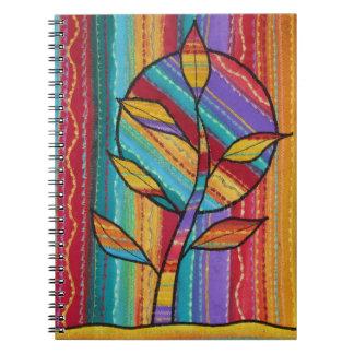 ノート。 カラフルな様式化された生地の木のデザイン ノートブック