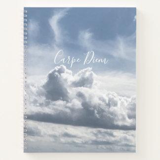 ノートCarpe Diemの雲の美しい写真 ノートブック