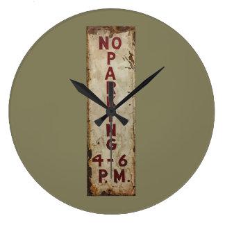 ノーパーキング4-6 p.m. ラージ壁時計