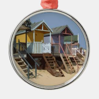 ノーフォークのビーチ小屋 シルバーカラー丸型オーナメント
