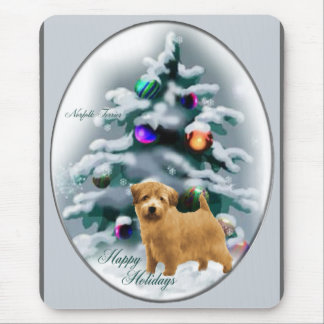 ノーフォークテリアのクリスマスのギフト マウスパッド