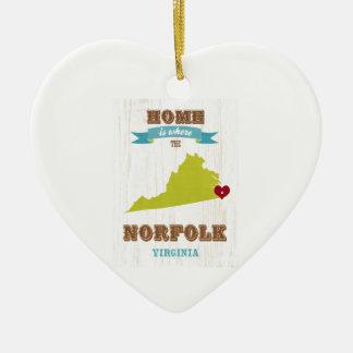 ノーフォーク、ヴァージニアの地図-ハートがあるところでがあります家 セラミックオーナメント