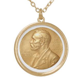 ノーベル平和賞ネックレス ゴールドプレートネックレス