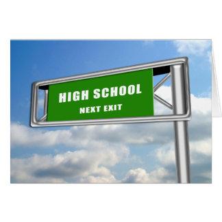 ハイウェーの出口の印の卒業の高等学校次に カード