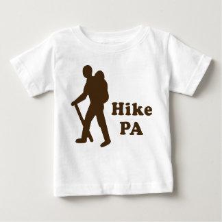 ハイキングPAの人、ブラウン ベビーTシャツ