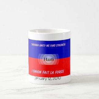 ハイチ、2010年1月12日 コーヒーマグカップ