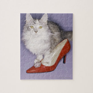 ハイヒールに歩んでいる猫 ジグソーパズル