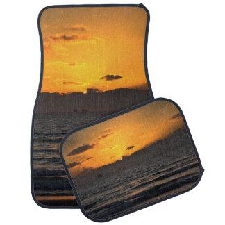 ハイファ、イスラエル共和国のの美しい日没カーマット カーマット