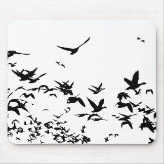 ハクガンの鳥の野性生物動物飛行 マウスパッド